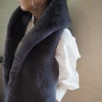 【 Dignite Collier 】ノーカラーシャツ・スリットデニム 【 MARIED'OR 】エコファーベスト //