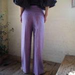 【 KiiRA 】ハンドメイドスモッキングブラウス 【 dolly-sean 】鮮やかなカラーパンツ 【 REMME 】パイソントングサンダル//